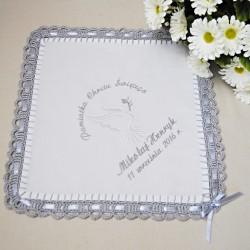 Szydełkowa szatka bawełniana z haftem